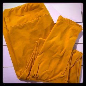 Golden Yellow Lularoe TC leggings